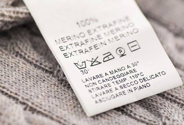 Étiquette de vêtement