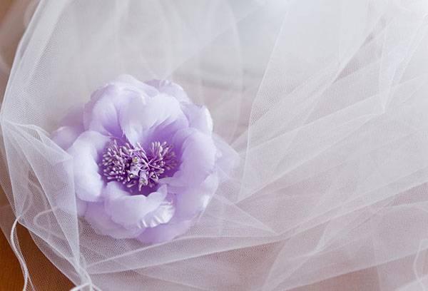 Huwelijkstule met bloem