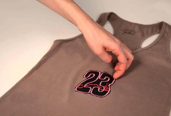 T-shirt sticker