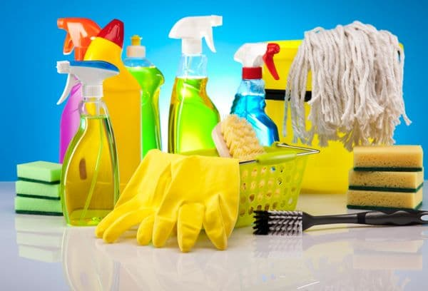 produits chimiques, produits de nettoyage