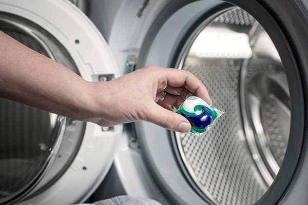 Utilisation de capsules de blanchisserie