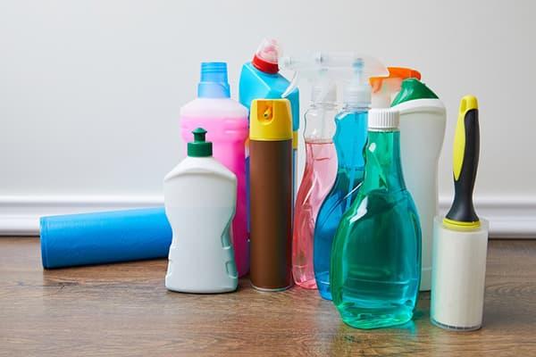 Produits chimiques ménagers