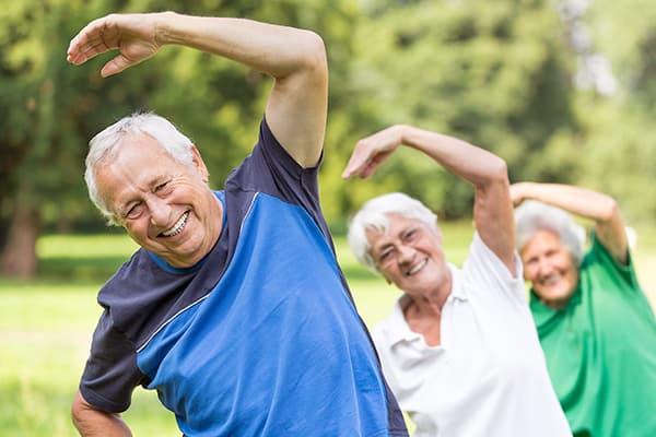 Les retraités font des exercices